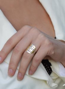 monogram ring gold cut