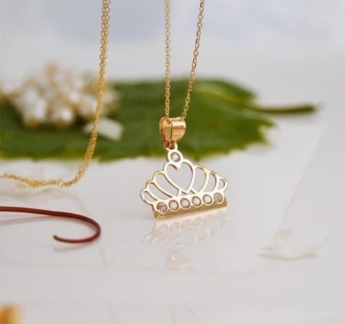 Two toned crown necklace