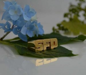 SFP gold with a flower